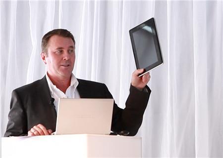 Tabletowo.pl Prototyp tabletu Toshiba Smart Pad zaprezentowany Nowości Plotki / Przecieki Toshiba