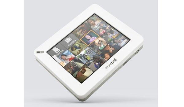 Tabletowo.pl Dwuekranowy i dwusystemowy tablet Mintpass w 2011 roku Nowości