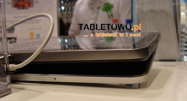 Tabletowo.pl Porównanie wielkości Samsunga Galaxy Tab 10.1 i iPada (wideo, zdjęcia) Apple Nowości Porównania Samsung