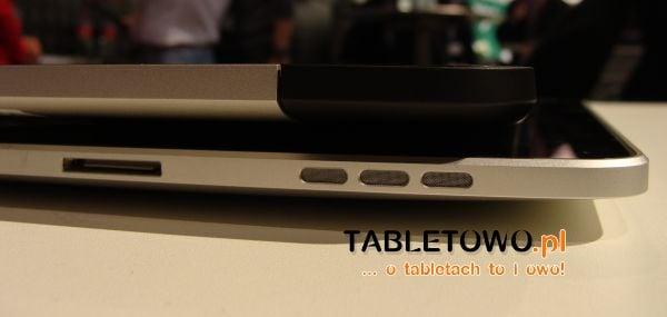 Tabletowo.pl Porównanie wielkości Motoroli Xoom i iPada (wideo, zdjęcia) Apple Ciekawostki Motorola Porównania