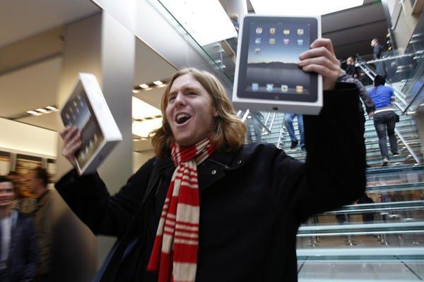 Tabletowo.pl Apple zamierza sprzedać 14.4 mln iPadów w trzecim kwartale 2011 Apple Ciekawostki Nowości