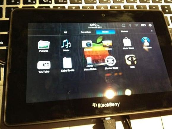 Tabletowo.pl BlackBerry Playbook zrootowany, czeka na Androida? (wideo) Ciekawostki