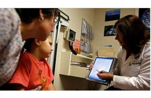 Tabletowo.pl 1/4 europejskich lekarzy zawodowo używa iPada Apple Ciekawostki