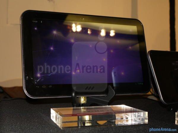 Tabletowo.pl Toshiba Excite 13.3, największy tablet z Androidem, w akcji (wideo) Nowości Toshiba