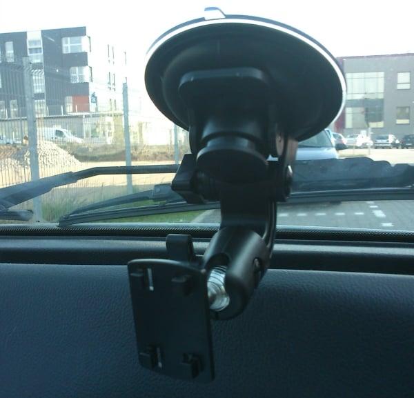 Test uchwytu samochodowego Oyama Holder