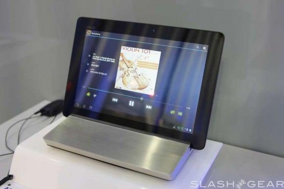Asus prezentuje stację audio dla Transformerów i monitor dla Padfone'a 18
