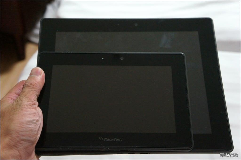 Tabletowo.pl Oto pierwsze zdjęcia 10-calowego tabletu BlackBerry PlayBook. Chcę go! BlackBerry Plotki / Przecieki