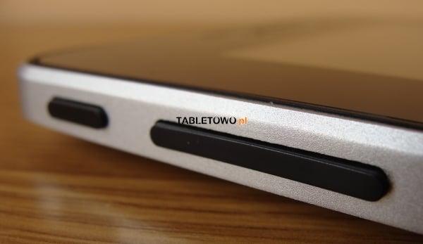 Recenzja tabletu Adax 7DC1