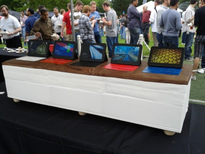 Tabletowo.pl Pyszne tablety Surface na imprezie Microsoftu (humor) Humor Microsoft Nowości