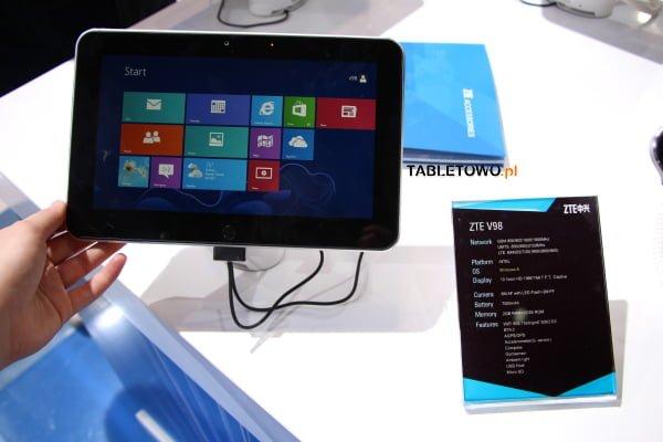 Tabletowo.pl ZTE V98 z Windows 8 na MWC 2013 Nowości