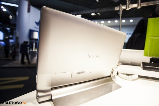 lenovo-yoga-tablet-10hd+-mwc2014-tabletowo-04