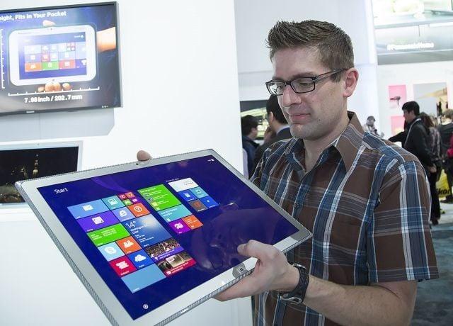 Tabletowo.pl 20-calowy tablet Panasonic Toughpad 4K trafi w końcu do sprzedaży Ciekawostki Nowości