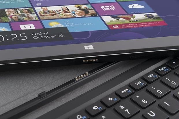 Tabletowo.pl Modecom FreeTab 1020 IPS IC z Windowsem 8.1 i bezprzewodową klawiaturą za 899 złotych Nowości