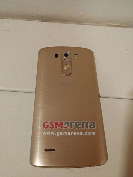 LG G3 po raz trzeci. Tym razem w złocie 28