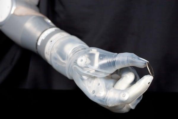 prostheticswebfeature2[1]