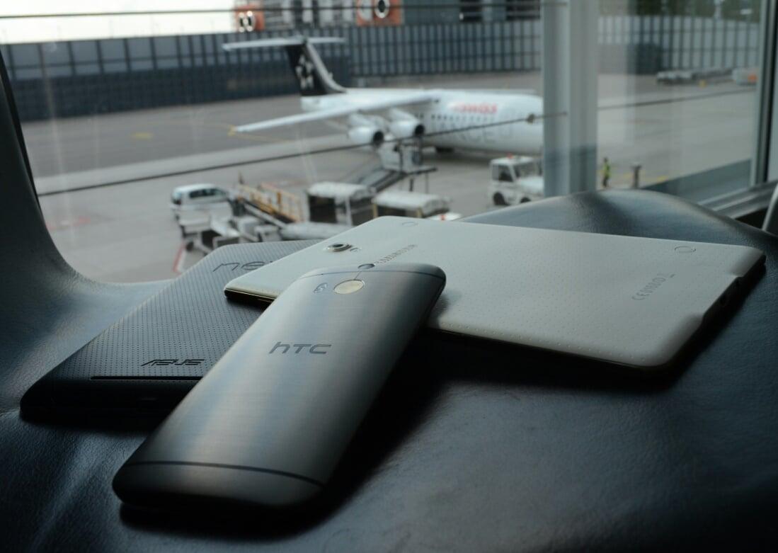 Tabletowo.pl Na lotniskach faktycznie proszą o włączanie urządzeń elektronicznych #truestory Ciekawostki Nowości Tablety