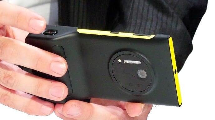 Nokia_Lumia_1020_with_PD-95G