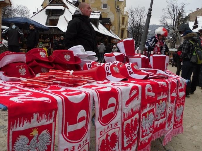 Akcesoria dla fanów Biało-Czerwonych