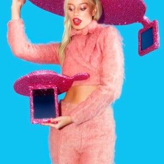 Tabletowo.pl Różowe sombrero na tablet do selfie? To pomysł Acera! Acer Ciekawostki Humor Tablety