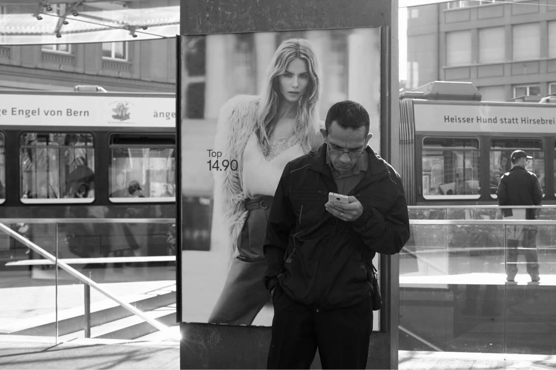 Smartphone addict by Karsten Seifelin