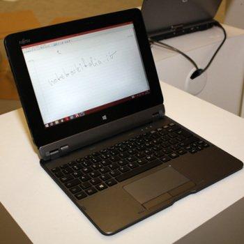 Hybryda Fujitsu Stylistic Q555 z czterordzeniowym układem i Windowsem 8.1 na pokładzie 23