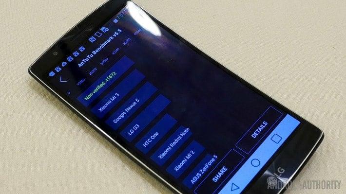 Snapdragon 810 przegrzewa się w Samsungach, ale nie w LG G Flex 2?