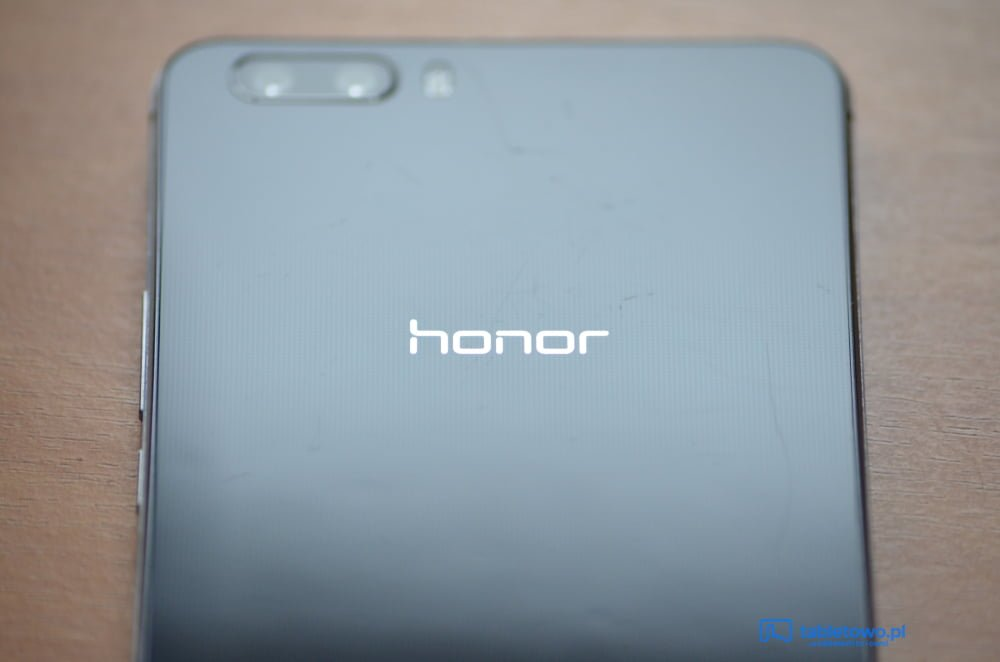 Honor dostarczył na rynek ponad 20 milionów smartfonów w pierwszej połowie 2015 roku