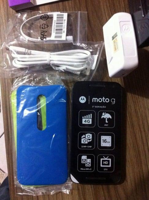 Motorola Moto G (2015) zawartość pudełka unboxing 3