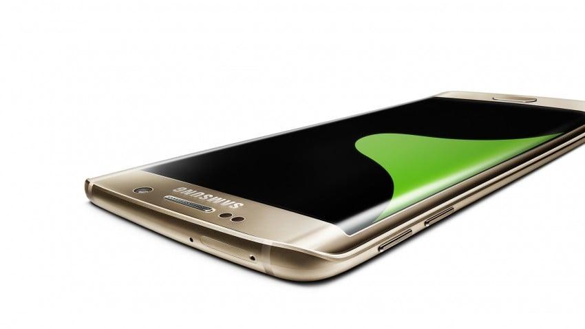 Jaki smartfon to duży smartfon? Chyba trzeba to zdefiniować na nowo 3
