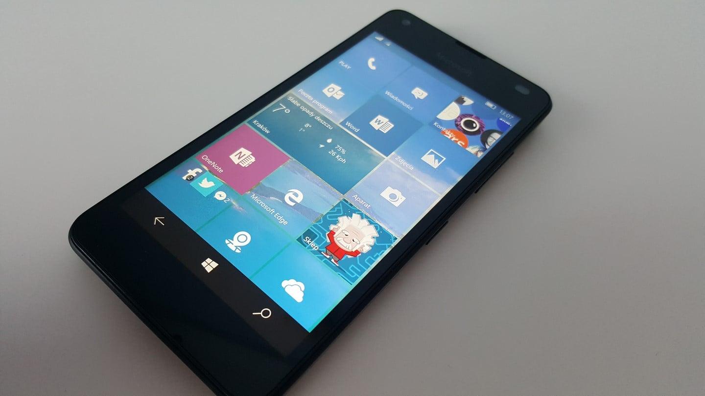 Recenzja Microsoft Lumia 550 14