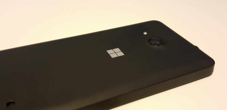Tabletowo.pl Niespodzianka 1: Microsoft pracuje nad nowymi smartfonami. Niespodzianka 2: Będą miały Androida Android Microsoft Smartfony
