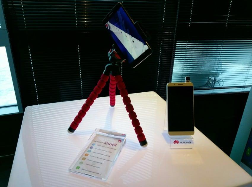 Huawei ShotX z obrotowym aparatem dostępny w Polsce 17