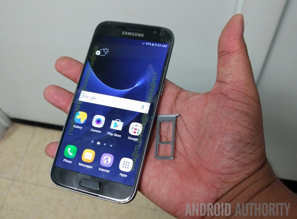 Samsung tłumaczy, dlaczego w Galaxy S7 powróciła obsługa kart microSD 31