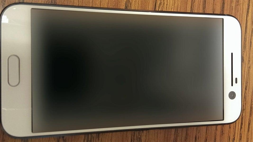 W skrócie: Nowy flagowiec HTC na zdjęciu, Nextbit Robin dostępny w sprzedaży 16