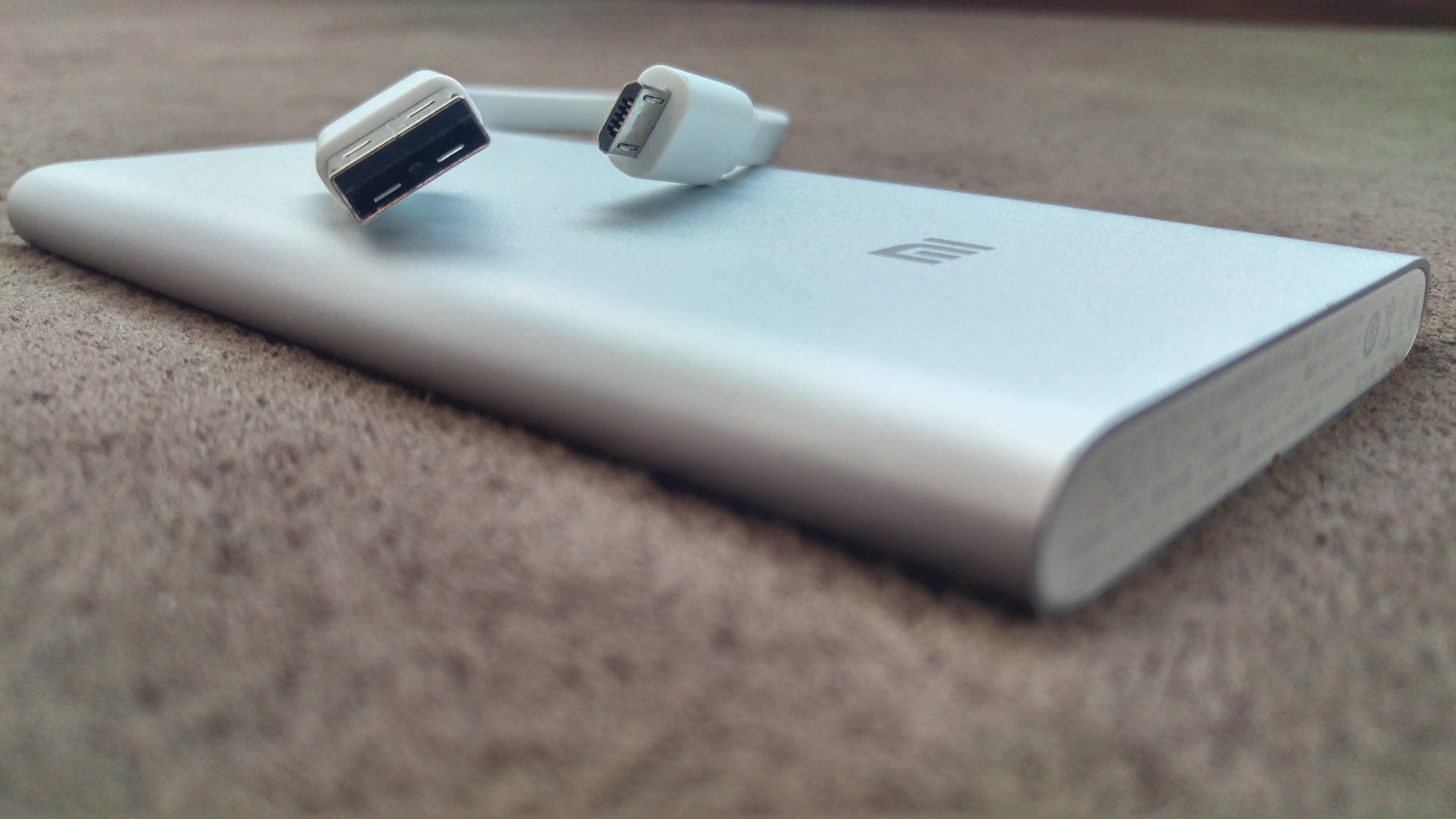 Tabletowo Smukły nieźle wykonany i wydajny Test powerbanka Xiaomi 5000 mAh Akcesoria