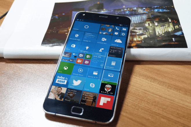 UMI Touch z Windows 10 Mobile, fot. WinFuture