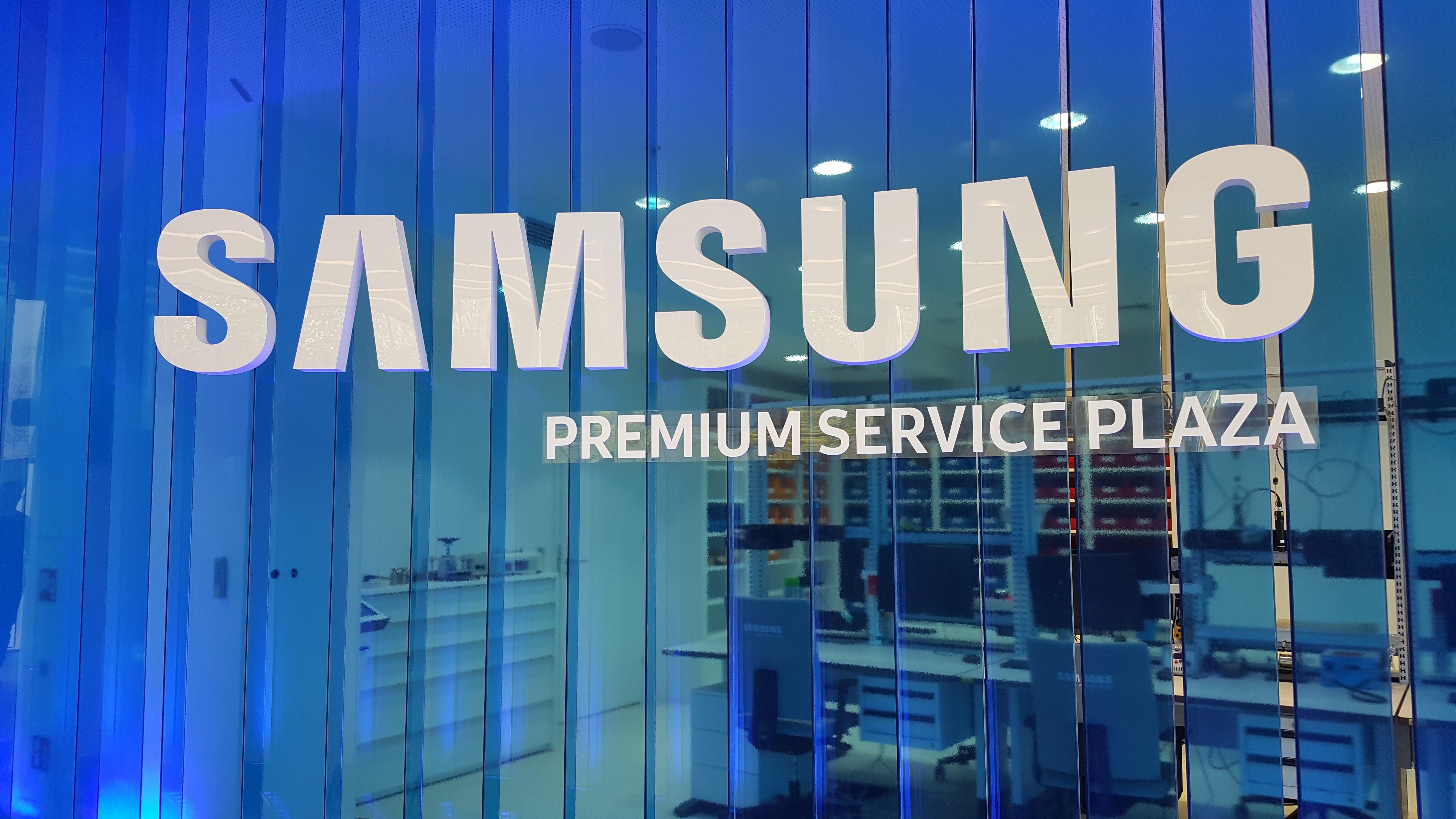 Tabletowo.pl Naprawa smartfona w godzinę? Tak, to już możliwe - Samsung otwiera Premium Service Plaza w Warszawie Krótko Nowości