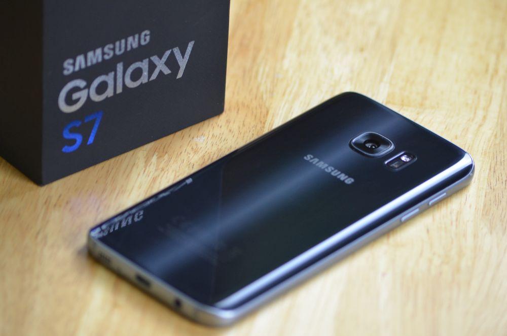 Samsung wypuścił grudniowe łatki dla... czteroletniego Galaxy S7! 18