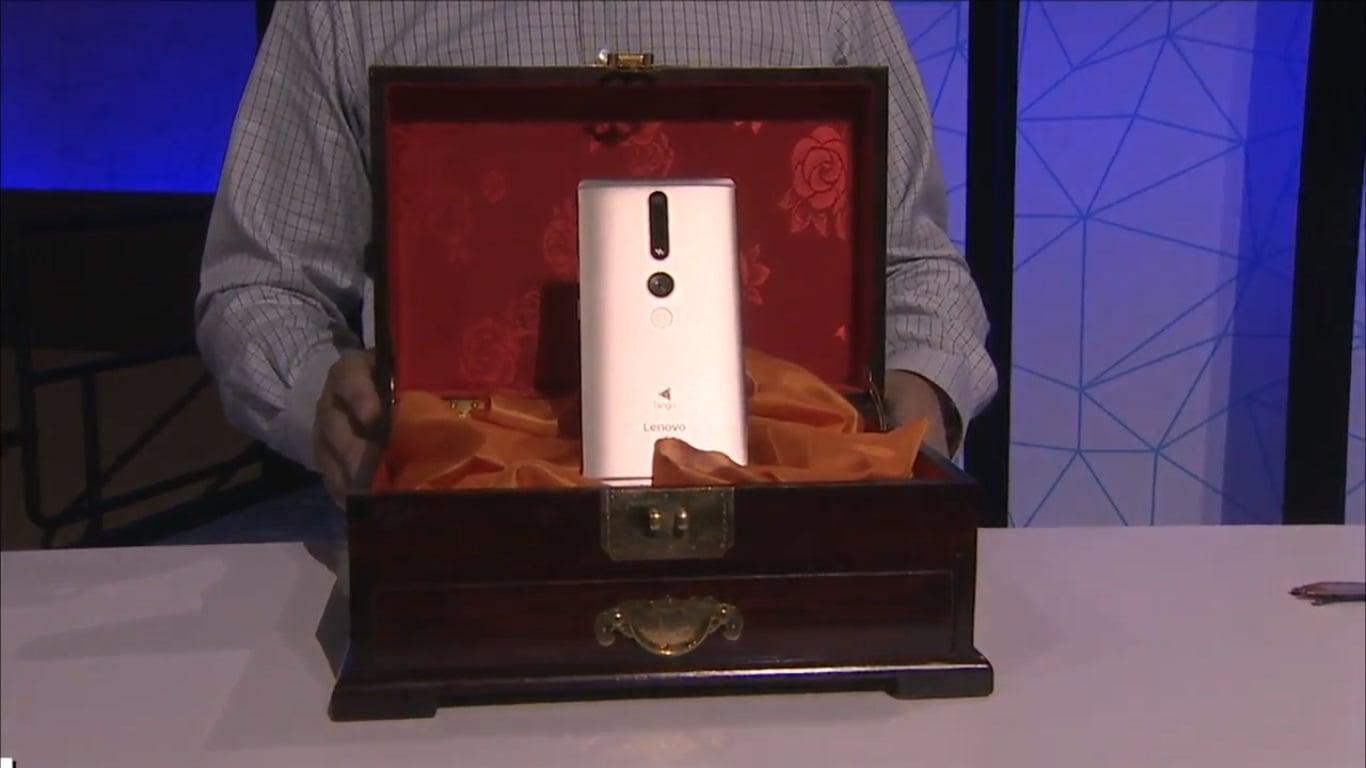 Tabletowo.pl Lenovo Phab 2 Pro to nie jest zwykły smartfon. Dzięki niemu możesz zmienić otaczającą Cię rzeczywistość Android Google Lenovo Smartfony