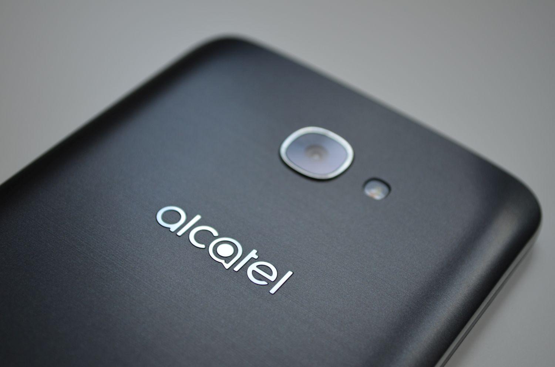 Alcatel A3 Plus nie zachwyca, choć cena sugeruje, że powinien być ciekawym średniakiem 20