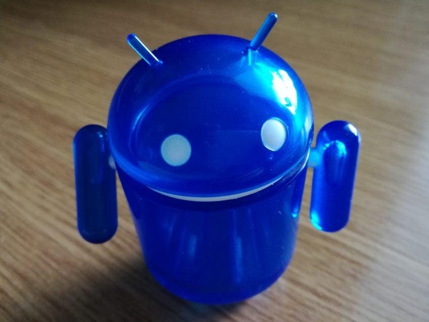 Tabletowo.pl Czy warto zmienić Huawei P8 Lite na Huawei P9 Lite? Porównanie Android Huawei Porównania Smartfony