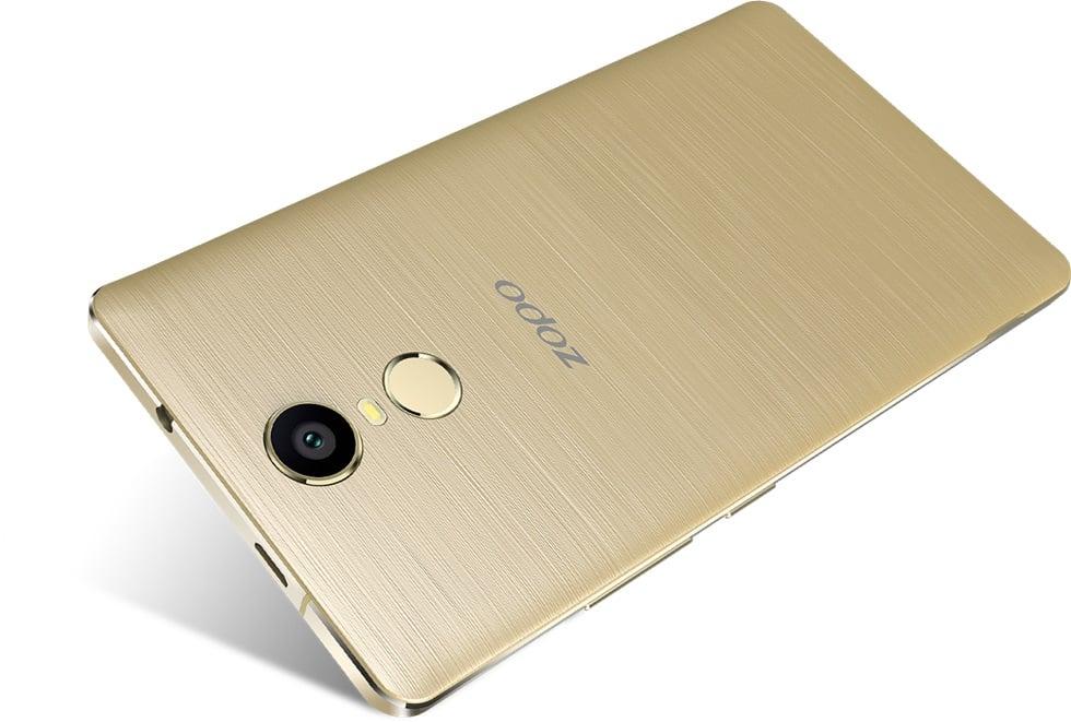 Tabletowo.pl Pierwszy z trzech nowych smartfonów ZOPO - Color F2 - dołączył właśnie do portfolio Android Chińskie Nowości Smartfony