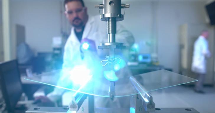 Gorilla Glass 5 jeszcze bardziej odporne - pomoże przetrwać upadki z wysokości 1,6 metra 15
