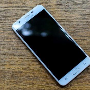 """Samsung Galaxy J7 wkrótce również z dopiskiem """"Prime"""". Będzie sporo nowości 16"""