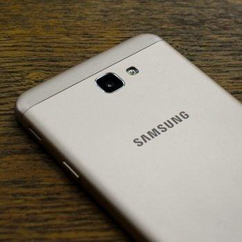 """Samsung Galaxy J7 wkrótce również z dopiskiem """"Prime"""". Będzie sporo nowości 18"""