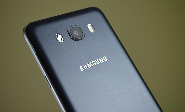 Tabletowo.pl Recenzja Samsunga Galaxy J7 2016. Zaskakujący długodystansowiec Android Recenzje Samsung Smartfony