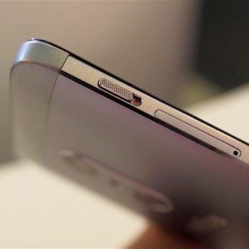 TP-Link przywiozło na IFA 2016 dwa naprawdę ładne smartfony: Neffos X1 i Neffos X1 Max 26