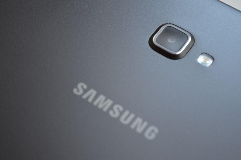 Tabletowo.pl Mimo strat spowodowanych wycofaniem Galaxy Note 7, Samsung i tak odnotowuje najwyższy skok zysków od 3 lat Raporty/Statystyki Samsung