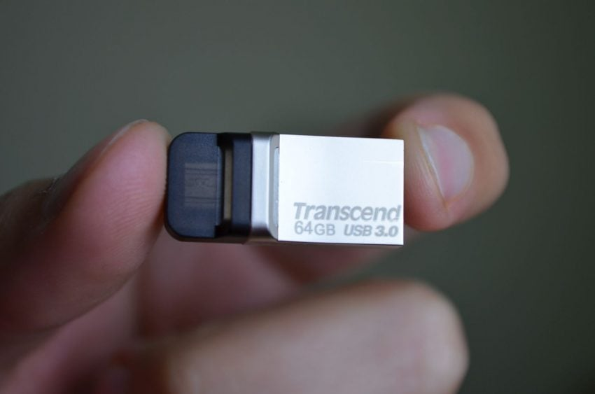 transcend-jetflash-880s-tabletowo-05