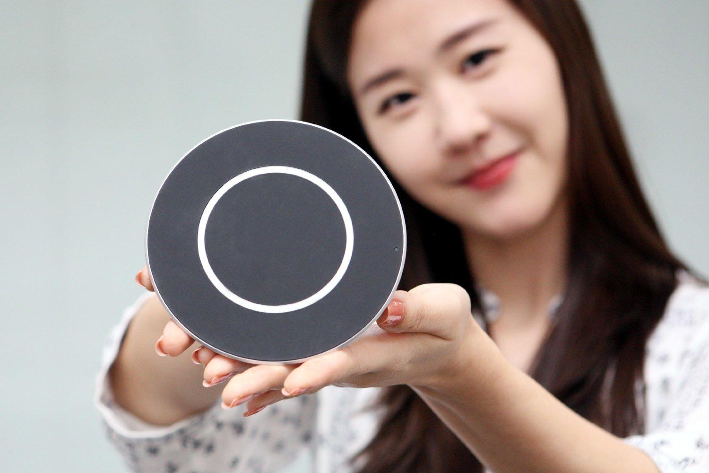 Google prezentuje oficjalną bezprzewodową ładowarkę dla